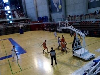 Imagen del encuentro de la tercera jornada del equipo senior masculino de Pintobasket. Fotografía: Pintobasket