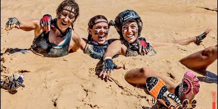 Las Trilocas en The Mud Day