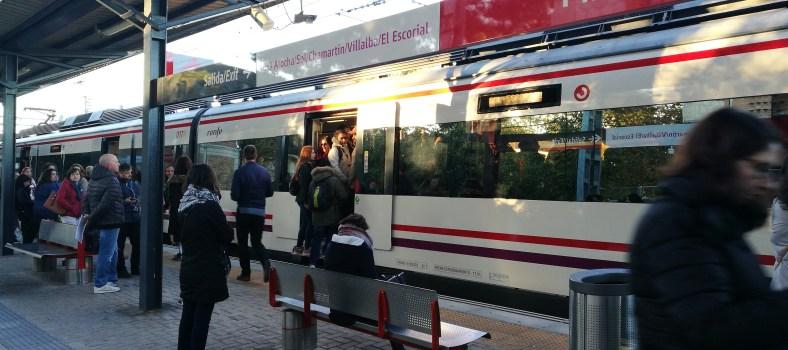 Retrasos en toda las líneas de Cercanías Madrid. Fotografía: Israel Sánchez.