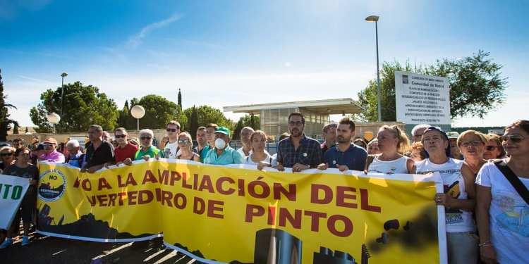 Pinto-manifestacion-contra-vertedero-Mancomunidad-Sur-2