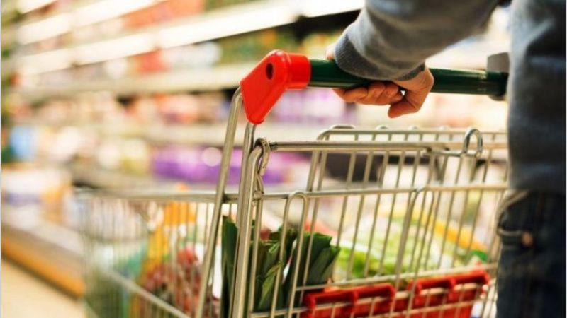A pesar de las advertencia del gobierno, siguen aumentando el precio de alimentos