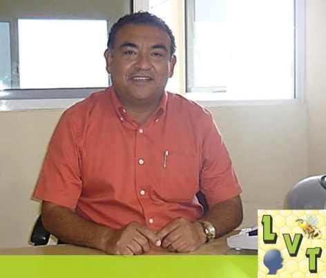 Por su negro historial de trabajo politico, Andres Santos Larios se encuentra en la cuerda floja