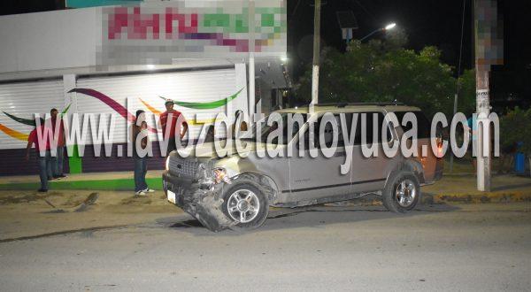 Aparatoso choque deja 4 lesionados, entre ellas una beba, en Tantoyuca | LVDT