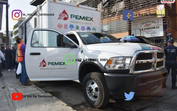 Entrega alcalde unidad médica móvil al Sistema DIF Municipal, en Chicontepec   LVDT