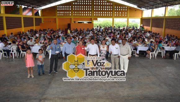 Ayuntamiento de Ixcatepec celebra el Día del Maestro | LVDT