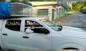 Detienen camioneta antorchista por invasión de ruta | LVDT
