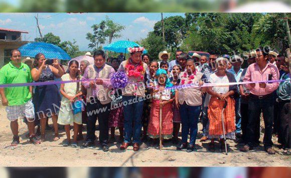 Inaugura Pedro Adrián Martínez Estrada rehabilitación del camino Tecomate - Xococatl | LVDT