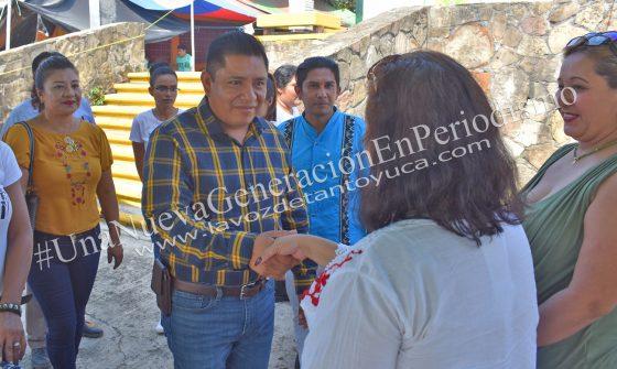 Ayuntamiento lleva a cabo jornada de estética gratuita en Ixcatepec | LVDT