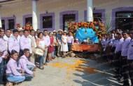 Inicia Xantolo en Chicontepec con la demostración de arcos y ofrendas