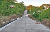 Alcalde rehabilita y apertura nuevo camino en Francisco Villa y Mesa de Pedernales, en Chicontepec