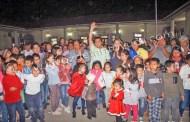 Encienden luces navideñas en Chicontepec