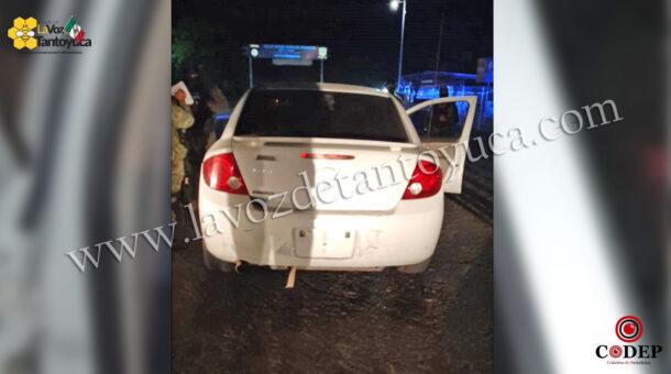 Aseguran vehículo sin documentación a brujo, en Tantoyuca | LVDT