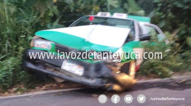 Encontronazo de taxis en la Álamo - Tamazunchale