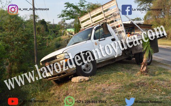 Se le bota la velocidad y por poco ocasiona un accidente, en Tantoyuca   LVDT
