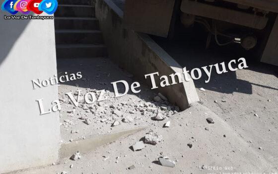Camión de volteo causa daños a vivienda, en La Reforma | LVDT
