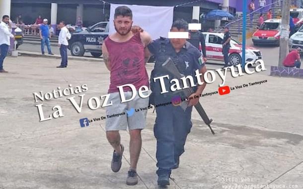 Con droga y en un vehículo oficial detienen al hijo de Guadalupe Arguelles Lozano