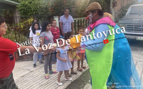 Entrega alcalde juguetes y dulces a niños hasta sus domicilios | LVDT
