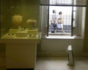 El calor golpea en el museo de Cádiz