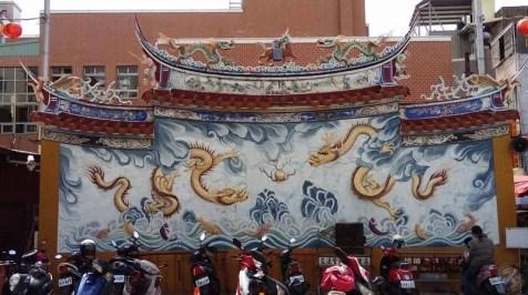Parking de un templo