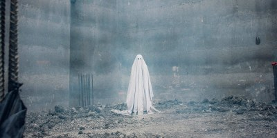 Casey Affleck in A Ghost Story (David Lowery, 2017)