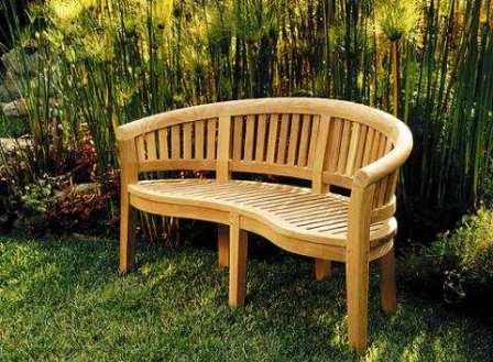 Los muebles de roble para decorar el jardín 1