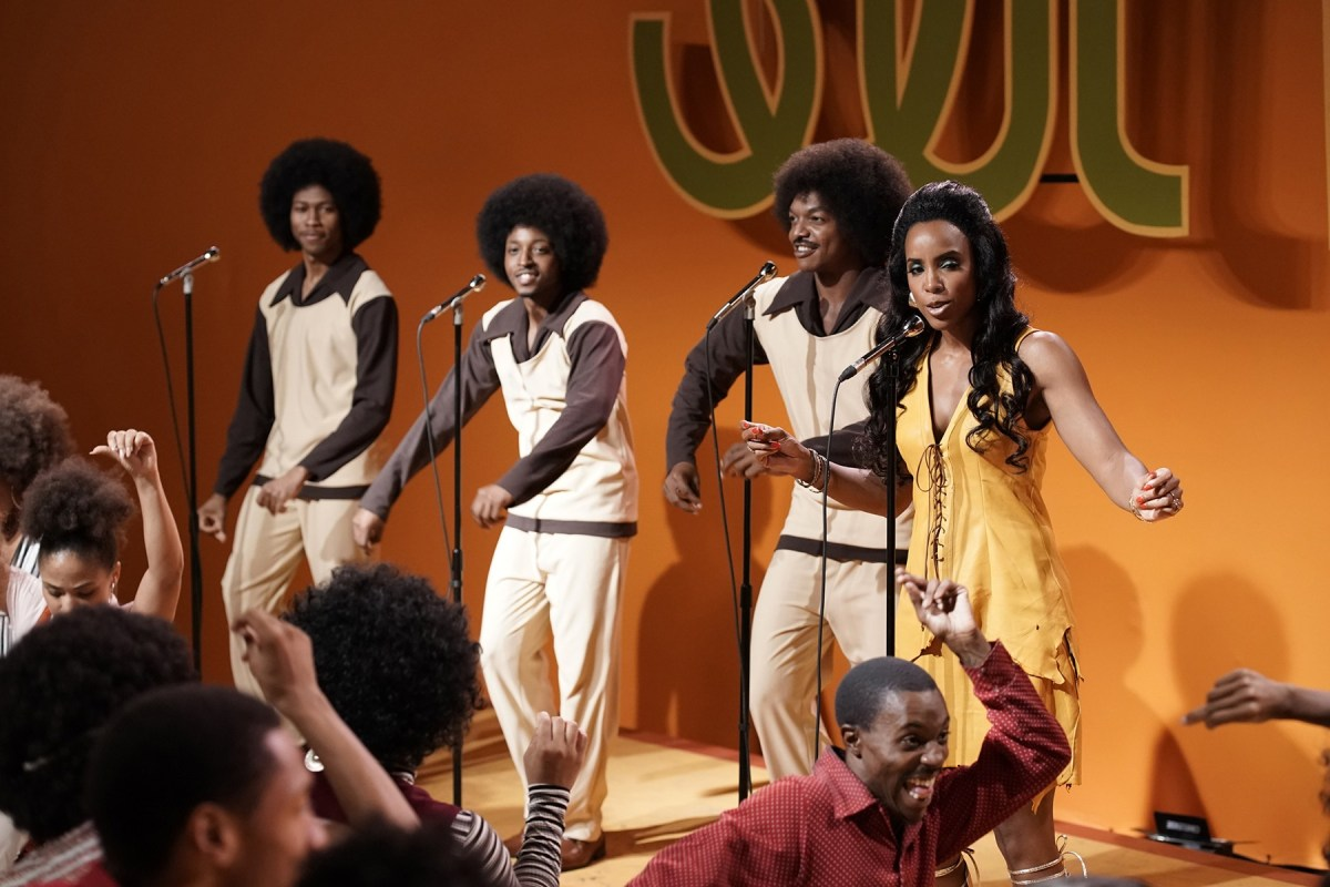 Kelly Rowland as Gladys Knight with The Pips in American Soul ; Credit: Jace Downs/BET
