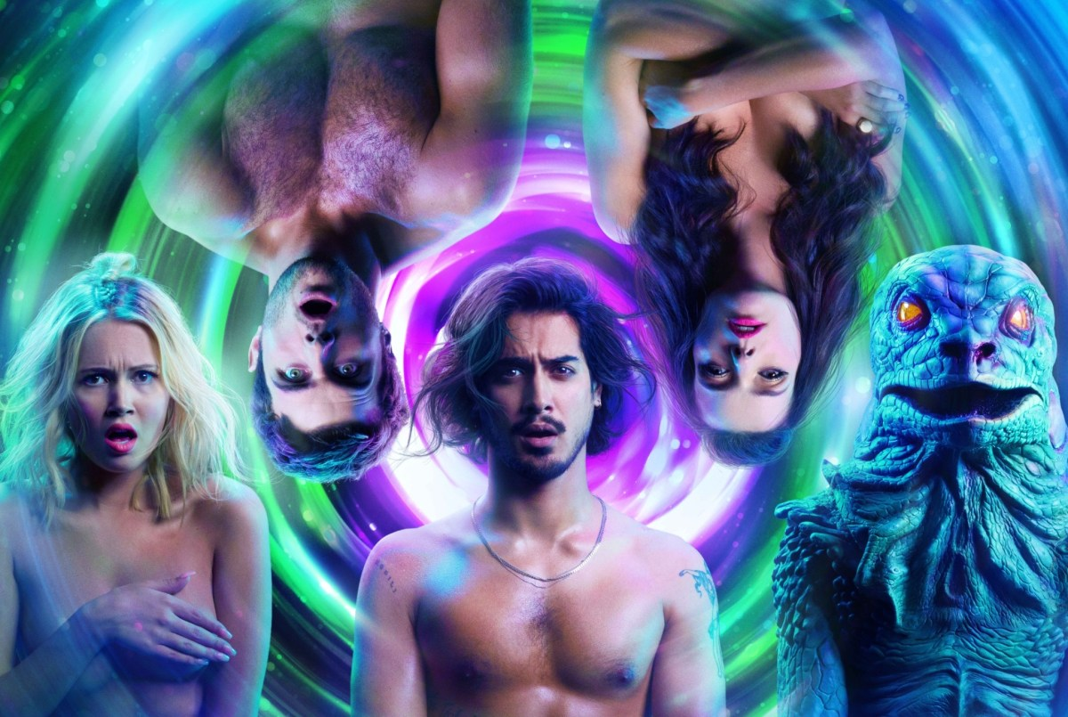 Kelli Berglund and Avan Jogia are bodacious besties in Now Apocalypse.; Credit: Starz Entertainment LLC