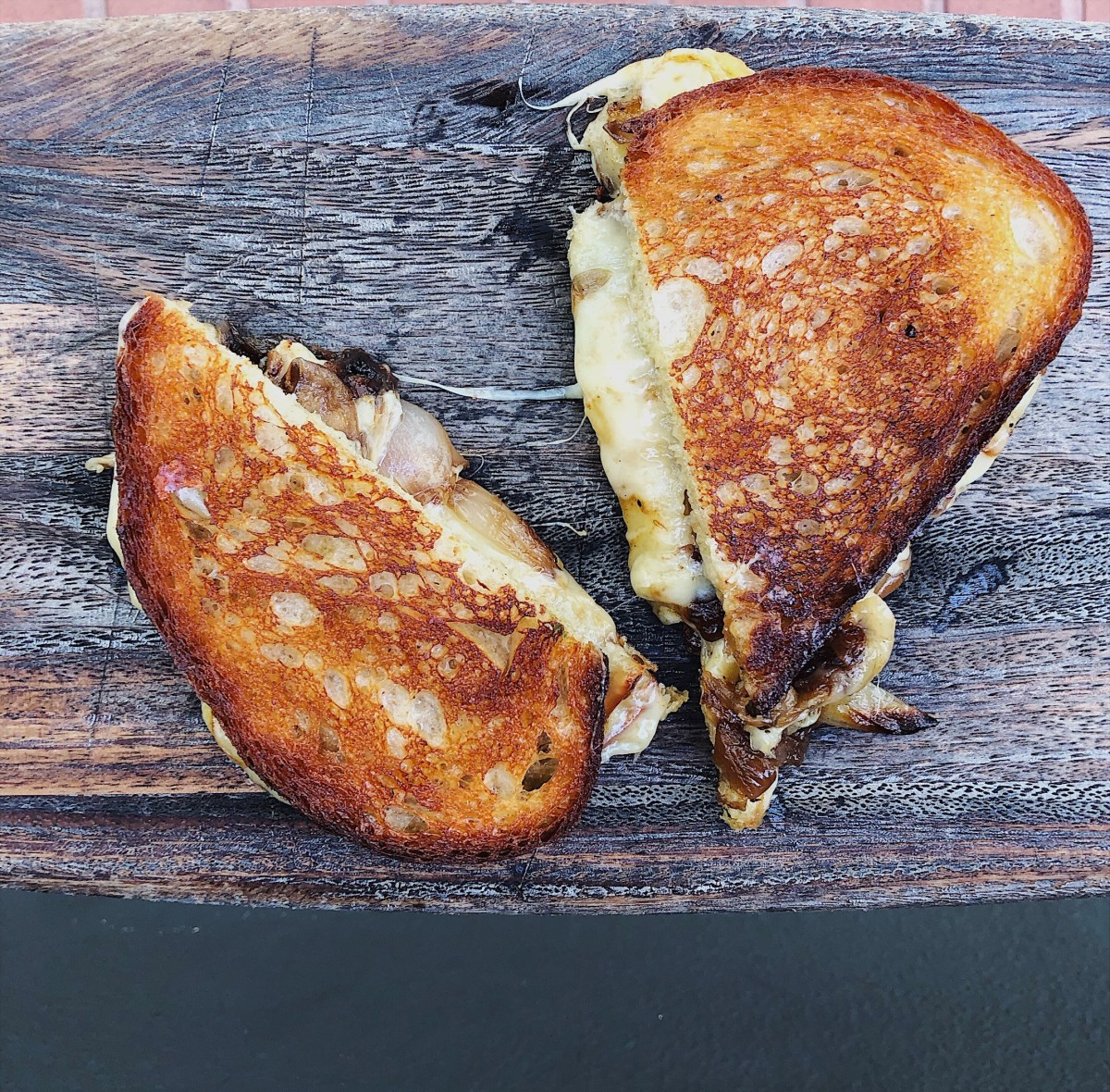 Tavern grilled cheese; Credit: Suzanne Lanza