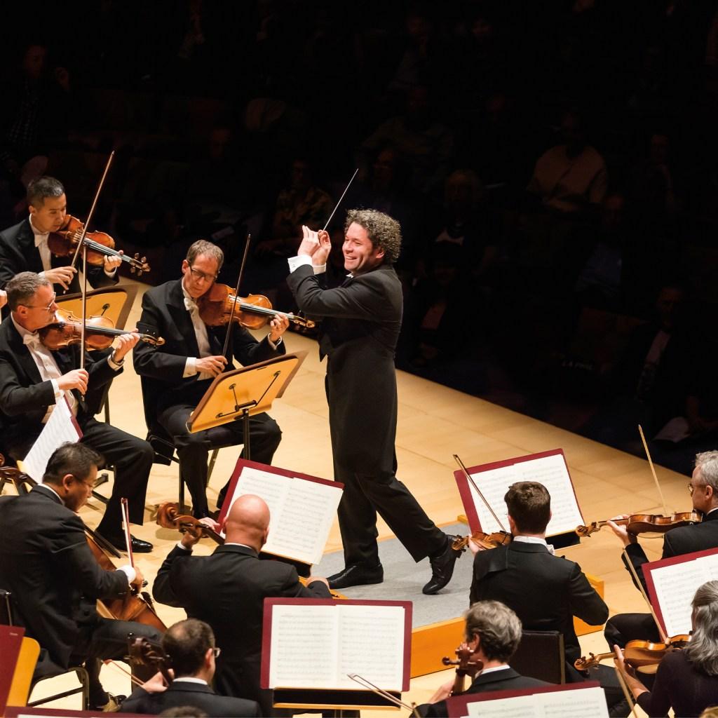 Gustavo Conducts Gurrelieder