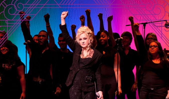 Cyndi Lauper's Home for the Holidays