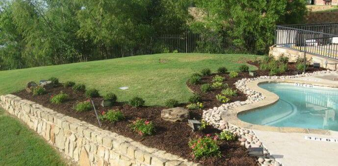 Check out this gorgeous landscaping done by the Lawn & Landcare landscapers in North Dallas.