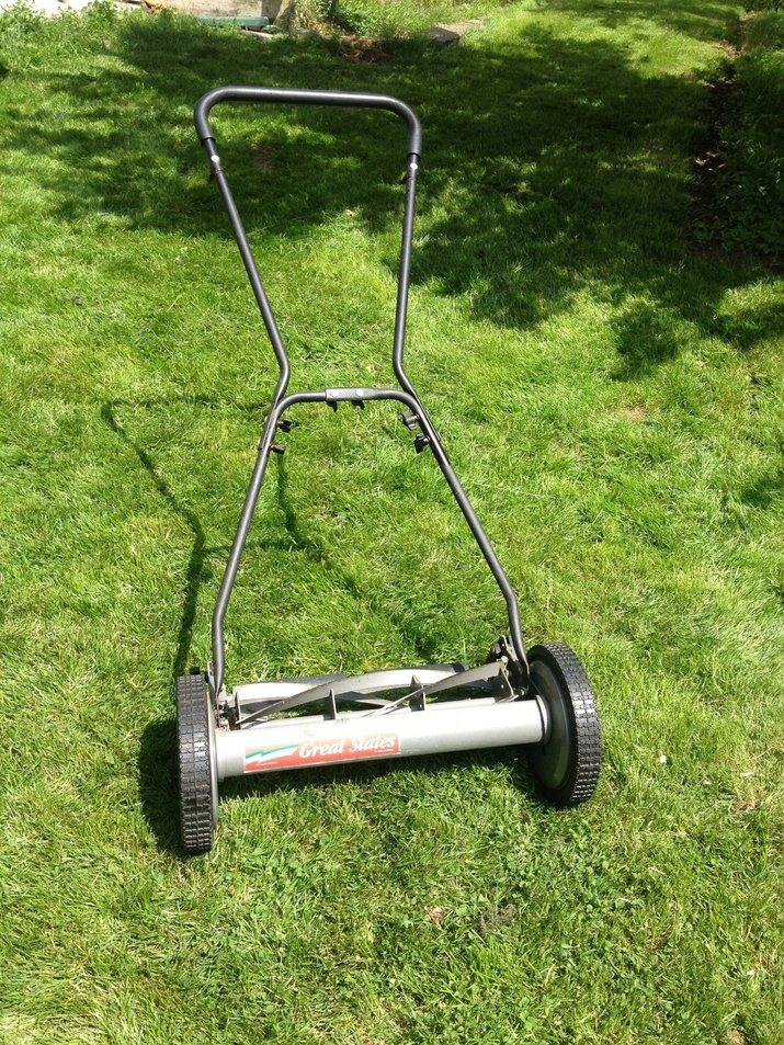 push-reel-mower-1
