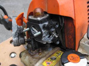 Stihl FS90R carb repair  replace gasketdiaphragms