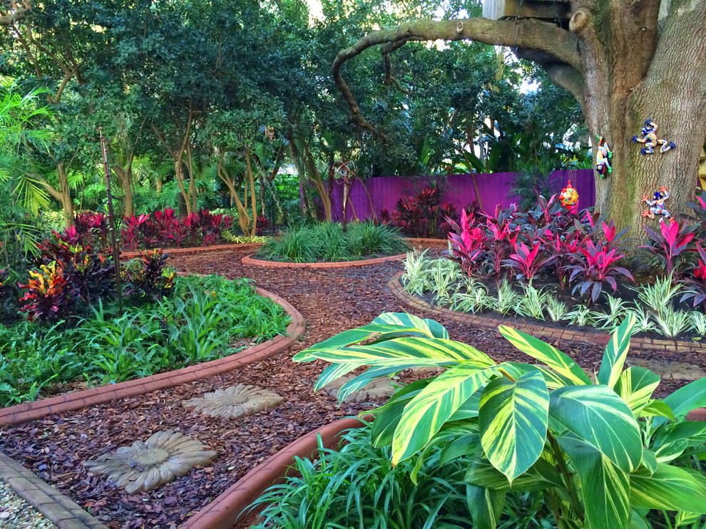 5 Unique Hardscape Designs in Tampa, Florida - Lawnstarter on Magical Backyard Ideas id=63158