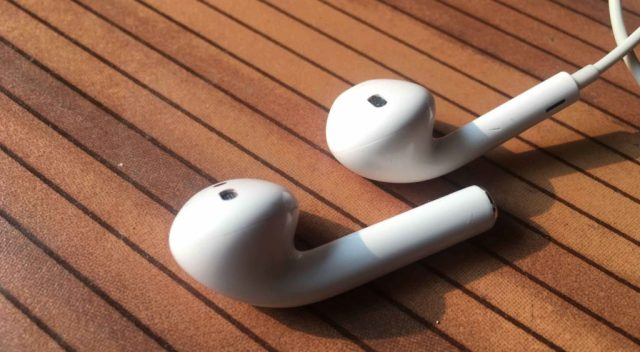 AirPods and EarPods