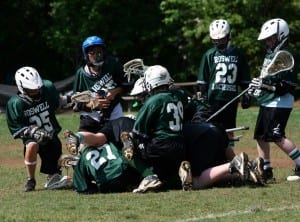 youth lacrosse loose ball messy scrum