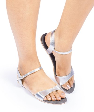 Laydeez Curvy Open Toe Sandals in Silver