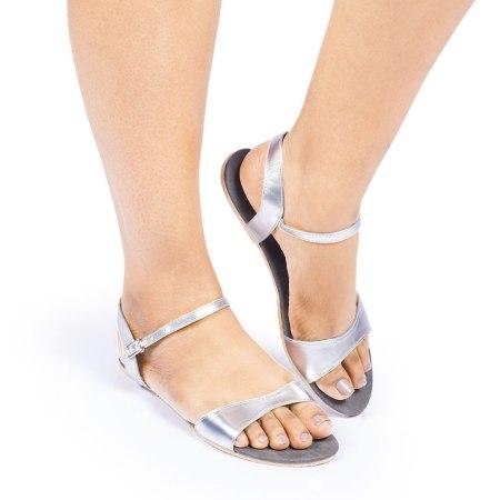 Laydeez Curvy Open Toe Sandal (Silver)