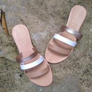 Laydeez Teeny sandals in Nude