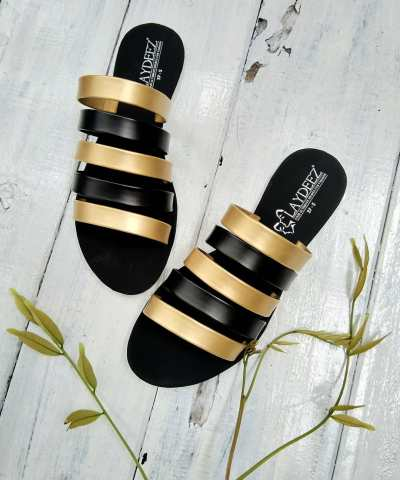 Laydeez Rozie Slides in Gold and Black