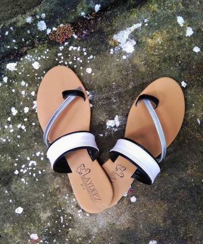 Laydeez Two Tone Sandals