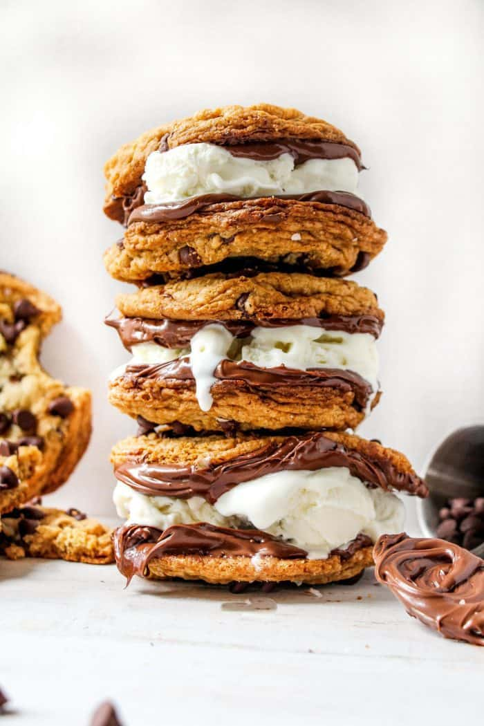CHOCOLATE-CHIP-COOKIE-SANDWICH-6