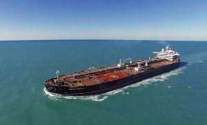 Petrolero Suezmax