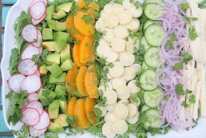 Ensalada de palmito, jicama, y aguacate
