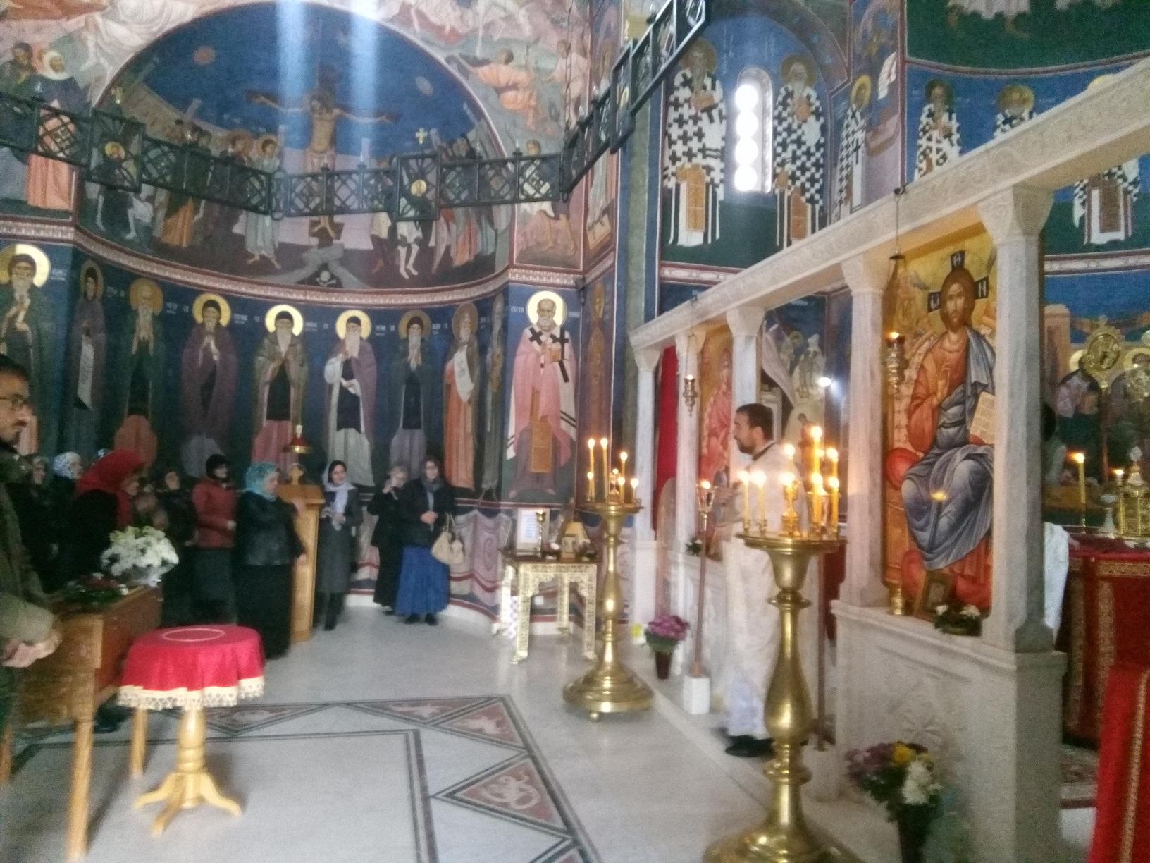 Млади свештеник у Љубићу