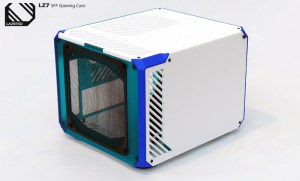Here you can see the GPU side panel with a dust filter attached
