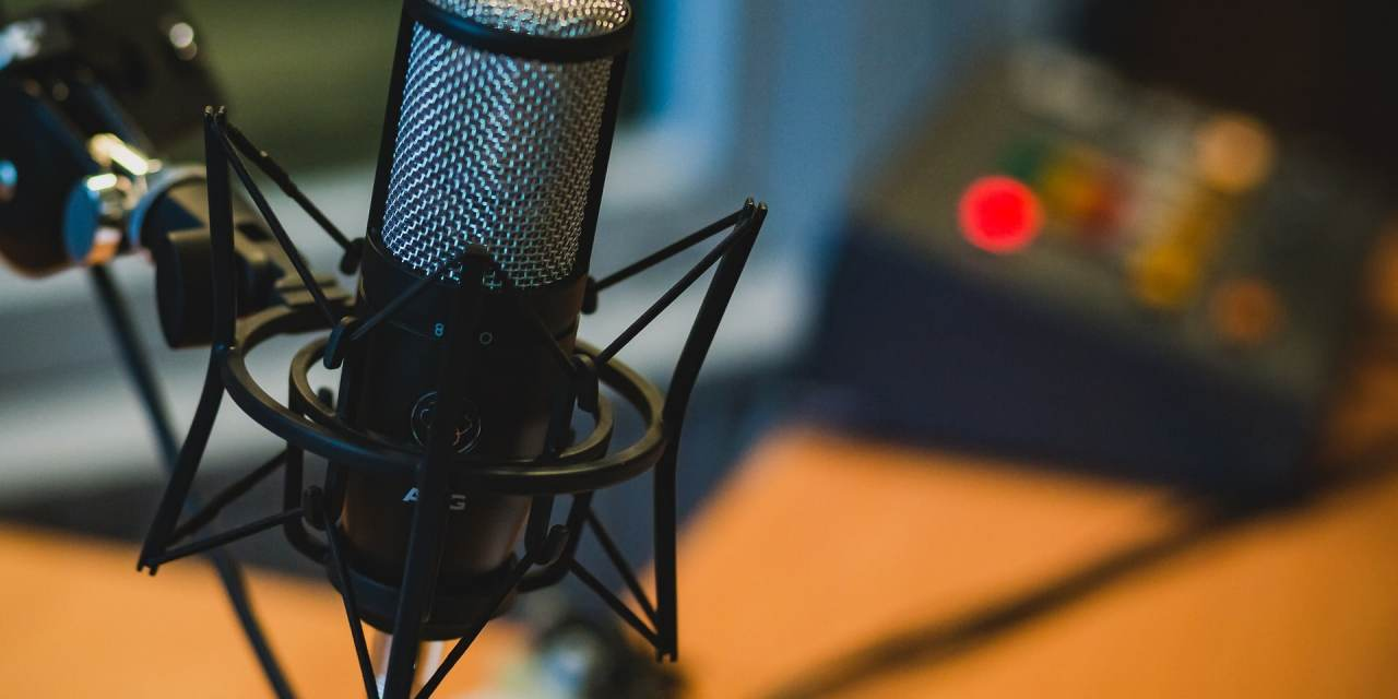 How to Listen to Podcasts…And Actually Get Something Out of Them!