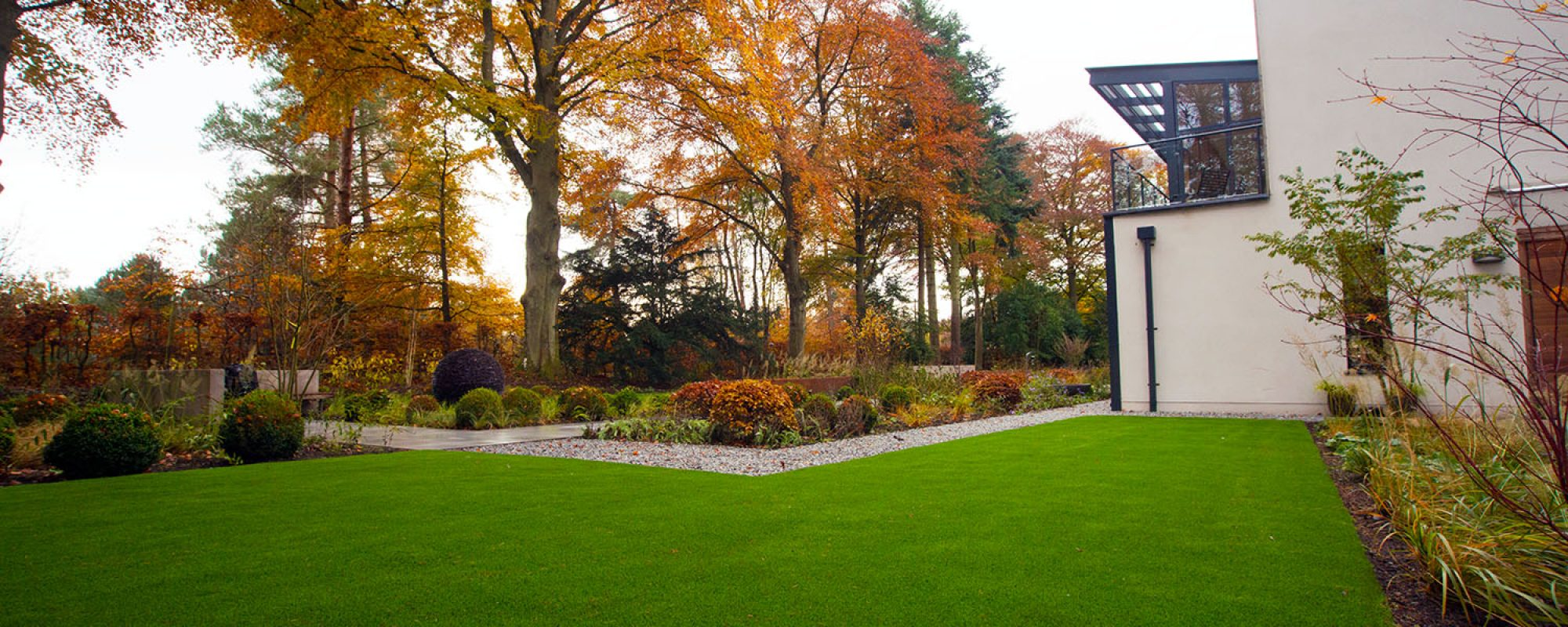 10 Low Maintenance Garden Ideas Lazylawn