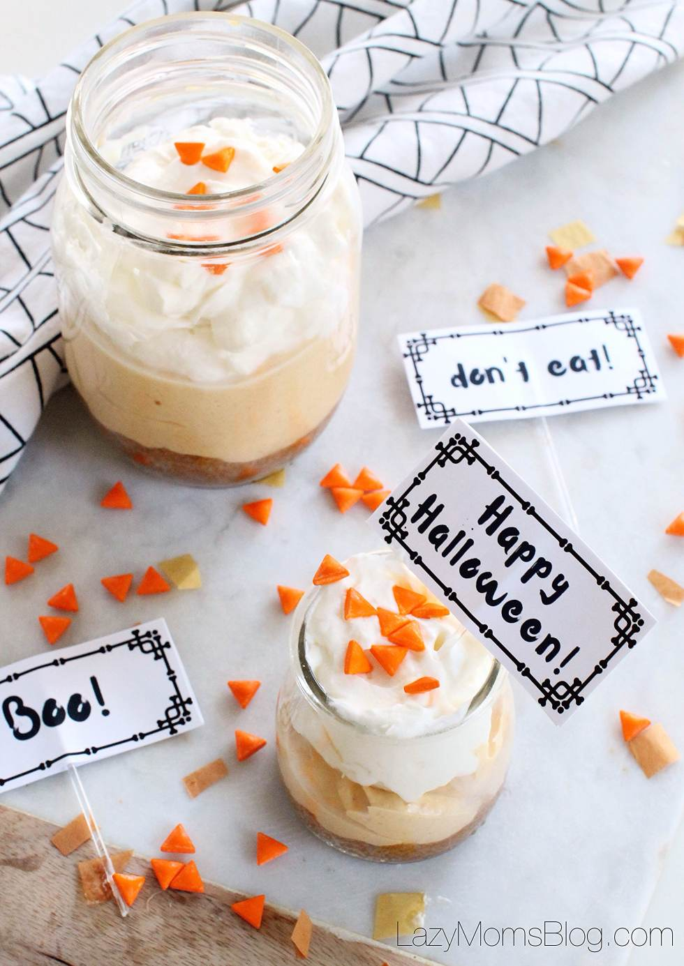 no bake pumpkin cheesecake  and free printable cupcake toppers!