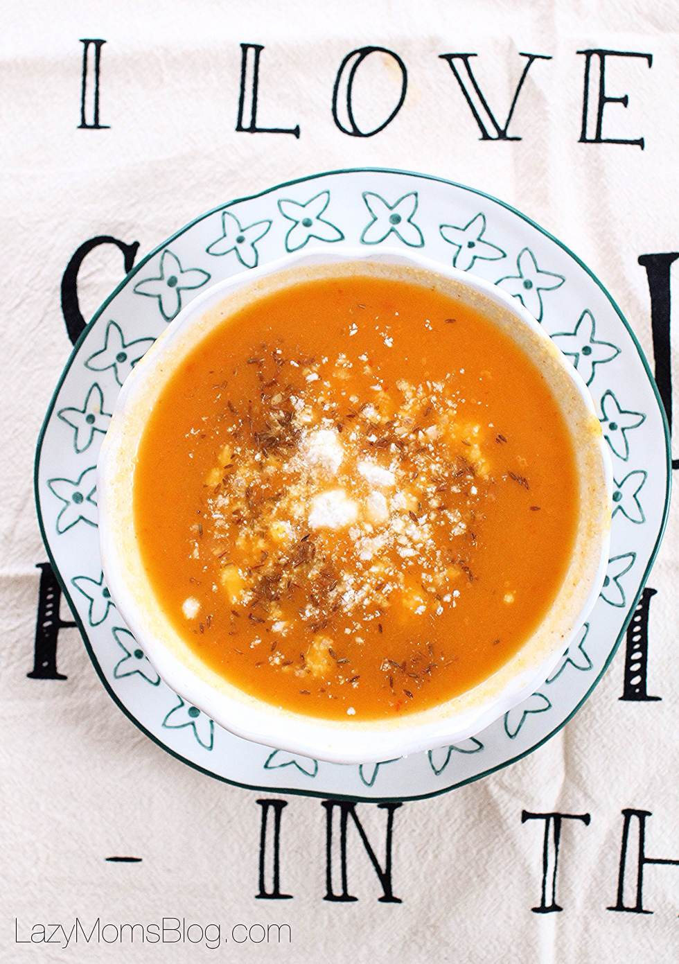 roasted pepper and peanut squash soup